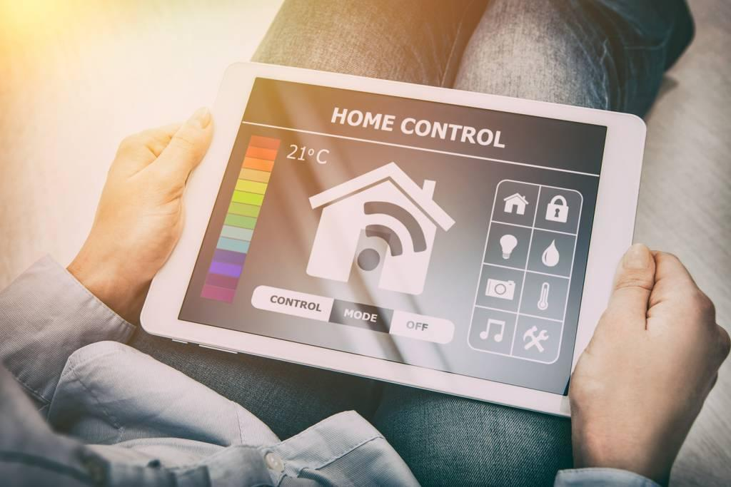 WiFi Home Control Smart Home Thermostat Control